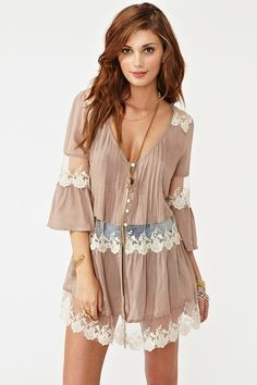 Ashbury Lace Top - Mocha   WOW im sooooo getting this! clothes-shoes-and-stuff