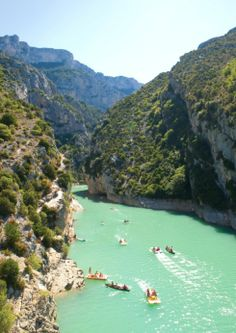 Gorges du Verdon in France Natural Wonders, The Great Outdoors, Holiday Ideas, Beautiful Places, Destinations, Europe, France, River, Explore