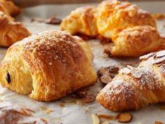 Receta: Anna Olson/ Croissant rellenos de almendras