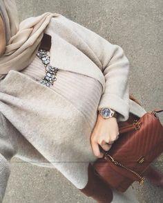 lifestyle_azz Stylish Hijab, Casual Hijab Outfit, Hijab Style, Hijab Chic, Stylish Girl Images, Stylish Girl Pic, Street Hijab Fashion, Muslim Fashion, Chic Outfits