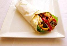 szuper tortilla, akár elvitelre is! Tex Mex, Fajitas, Guacamole, Hamburger, Chili, Tacos, Mexican, Ethnic Recipes, Drink