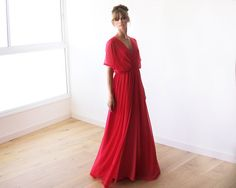 Beautiful Chiffon Lycra dress, Floor Length, fabric is see-through. A magnificent classic dress, a feminine modern cut. Made from an extremely soft Coral Maxi Dresses, Chiffon Maxi Dress, Sheer Chiffon, Red Bridesmaids, Red Bridesmaid Dresses, How To Dress For A Wedding, Bridal Outfits, Ivoire, Beautiful Dresses