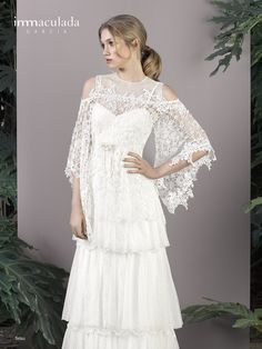Dress: TETSU / Collection: HANAMI - My Couture 2017 Tetsu, Couture, Wedding Dresses, Lace, Collection, Women, Fashion, Bridal Gowns, Boyfriends