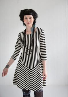 Striped dress in eco-cotton – SALE - skirts, dresses & trousers – GUDRUN SJÖDÉN – Webshop, mail order and boutiques Swedish Fashion, Scandinavian Fashion, Dress Trousers, Dress Skirt, Diy Clothes, Clothes For Women, Ethno Style, Gudrun, Colourful Outfits
