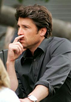 😍Patrick Dempsey = THE PERFECT MAN! - 2008 photo fame flynet pictures x shooting scenes made of honor set-sak's fifth avenue store new york city Patrick Dempsy, Greys Anatomy Derek, Made Of Honor, Greys Anatomy Characters, Derek Shepherd, Youre My Person, Matthew Mcconaughey, Scene Hair, Cute Guys