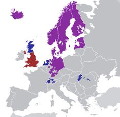 Protestantism in Europe (Red - Anglicanism, Blue - Calvinism, Purple - Lutheranism) Luther, Poland Travel, European History, Historical Maps, Rugs On Carpet, Christianity, Abstract, Illustration, Artwork
