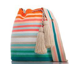 SUSU Sunrise Crossbody Mochila – Knitting world Mochila Crochet, Crochet Tote, Crochet Handbags, Knit Crochet, Diy Crochet Patterns, Tapestry Crochet Patterns, Bucket Bag, Hello Kitty Crochet, Tapestry Bag