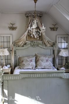 French bed. Photo by Anneke Gambon
