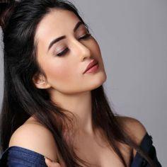 Akshaya deodhar marathi actress photos biography wallpapers adhiti budhathoki altavistaventures Choice Image