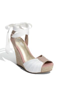 these Seychelles 'Arden' Sandals from #Nordstrom are tooo cute! Just in time for summer!