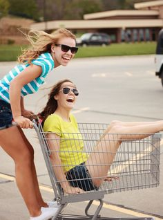 Get into some parking lot tomfoolery. | 37 Impossibly Fun Best Friend Photography Ideas