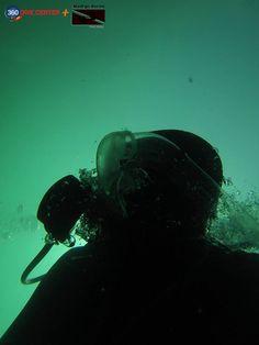 Web: www.360DiveCenter.com Facebook: 360 Dive Center Twitter: @360divecenter g+ : TrescientosSesenta Dive Center Mail: contacto@gmail.com Skype: 360Dive Center