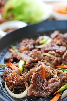 This Korean BBQ beef, bulgogi, is very easy to make at home. The marinade is made with a few basic ingredients, and the thinly sliced beef doesn't take long to marinate and cook. Here's everything you need to know about how to make the best bulgogi! Korean Bbq Beef, Korean Bulgogi, Korean Bbq At Home, Korean Bbq Recipe, Korean Bbq Marinade, Korean Dishes, Asian Cooking, Recipes For Beginners, Asian Recipes