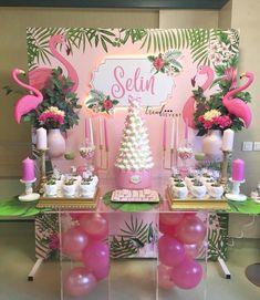 Flamingos still enchanting the parties! Repost Flamingos still encha Pink Flamingo Party, Flamingo Baby Shower, Flamingo Birthday, Flamingo Decor, Girl Birthday Decorations, Girl Baby Shower Decorations, Birthday Party Themes, Tropical Party, Birthday Design