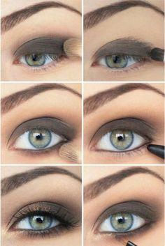 Smokey Eyes für blaue Augen in Graubraun - einfache Anleitung