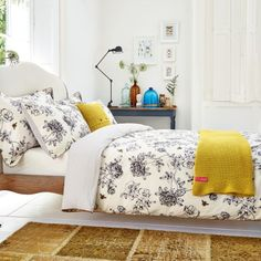 Cream Floral Bedding | Joules Imogen Cream Bed Linen at Bedeck 1951