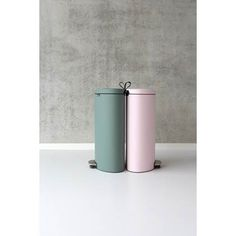 Brabantia Flatback Pedaalemmer 40 L - Minteral Mint Kitchen Trash Cans, 30th, Minerals, Interior, Pink, Product Design, Table, Products, Waste Container