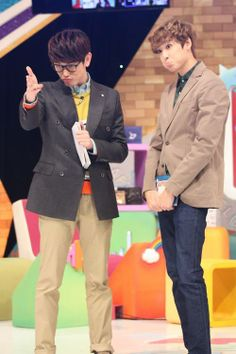 After School Club❤️Eric Nam U-Kiss's Kevin and Eric Nam Love these two dorks Sung Hyun, Woo Sung, Korean Celebrities, Korean Actors, Ulzzang, After School Club, Eric Nam, U Kiss, Gangnam Style