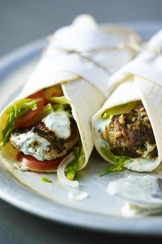 Marinade your lamb ahead of time and this tandoori wrap can be made in no time! Lamb Recipes, Wrap Recipes, Indian Food Recipes, New Recipes, Cooking Recipes, Ethnic Recipes, Greek Recipes, Asian Recipes, Chicken Recipes