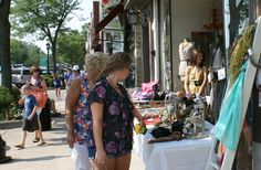 Hinsdale Merchants Sidewalk Sale  Green Goddess Boutique    July 2012