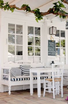 Griekenland Beach Furniture, Outdoor Dining, Crete Greece, Travel Reviews,  Beach Cottages,