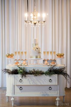 WedLuxe – Fab Fleur | Photography by: Melanie Rebane Photography Follow @WedLuxe for more wedding inspiration!