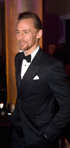 Tom Hiddleston at the 74th Annual Golden Globe Awards | Inside - 8th January 2017. Source: tomhiddleston.us http://tomhiddleston.us/gallery/displayimage.php?album=875&pid=41481#top_display_media Full size image: http://tomhiddleston.us/gallery/albums/2017/Events/Jan8thInside/004.jpg