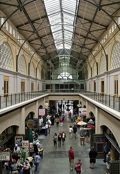 Inside the Ferry Building Marketplace, San Francisco, California by Ric e Ette, via Flickr.