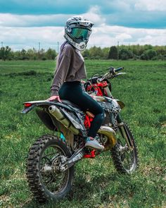 Image may contain: one or more people, motorcycle, outdoor and nature Triumph Motorcycles, Custom Motorcycles, Ducati, Dirt Bike Girl, Mopar, Lady Biker, Biker Girl, Motocross Girls, Girl Dirtbike