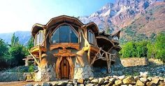 Imgur: The most awesome images on the Internet. Maison Earthship, Earthship Home, Natural Homes, Natural Home Decor, Cob Building, Building A House, Green Building, Casa Dos Hobbits, Cob Houses