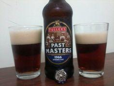 Cerveja Fuller's Past Masters 1966 Strong Ale, estilo Specialty Beer, produzida por Fuller's, Inglaterra. 7.3% ABV de álcool.