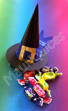Mauriquices: Feliz Dia das Bruxas!!! Halloween, Decor, Happy Halloween, Dekoration, Decoration, Dekorasyon, Home Improvements, Decorating, Halloween Stuff