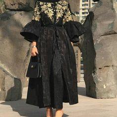 Different Thinking, Different Wear To Order Two . Iranian Women Fashion, Arab Fashion, Muslim Fashion, Modest Fashion, Fashion Dresses, Mode Abaya, Mode Hijab, Simple Dresses, Elegant Dresses
