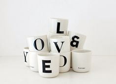Via Stil Inspiration | Playtype coffee mugs | Black and White | Typography