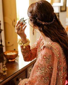 Stylish Dresses For Girls, Wedding Dresses For Girls, Stylish Girls Photos, Stylish Girl Pic, Trendy Outfits, Asian Wedding Dress Pakistani, Beautiful Pakistani Dresses, Pakistani Girl, Cute Girl Poses