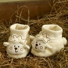 Sleepy Sheepy Bootees - From Natures Purest - these were just too cute to resist
