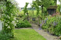 The perfect entrance to a kitchen garden