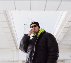 Man Smoking, Rap, Winter Jackets, Nike, Celebrities, Fashion, Winter Coats, Moda, Celebs