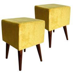 Excelente exemplo de objeto com características de Terra para decorar um ambiente! Feng Shui, Ottoman, Organization, Chair, Table, House, Personal Organizer, Furniture, Terra
