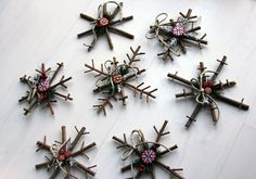 anthology-mag-blog-projects-winter-nest-snowflakes-2/ so cute ... love the symmetry