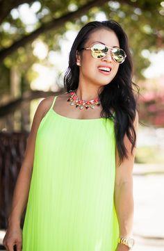 cute & little blog | petite fashion | yellow pleated chiffon maxi dress, rocksbox necklace, green mirror aviators | summer outfit