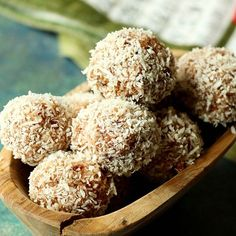 A healthy & Gluten-Free twist on an age-old East African Snack or Dessert made with Shredded Coconut… Fig Recipes, Dessert Recipes, Desserts, African Dessert, Dairy Free, Gluten Free, Balls Recipe, Dessert For Dinner, Shredded Coconut