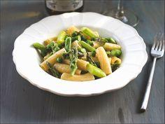 Pasta | Asparagus | Peas | Lemon | White Wine / Pasta mit grünem Spargel, Erbsen und Zitronen-Weißwein-Sauce