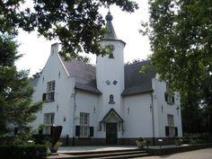"""Rond 1250 is tussen Maarheeze en Soerendonk kasteel """"Cranendonck"""" gebouwd. Vernoemd naar de natuurlijke omstandigheden ter plaatse ('kraan' ..."""