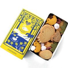 The ugly duckling by Hans Christian Andersen, as cookies, in a tin!