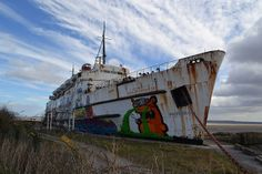 Abandoned Ship by georgiaamorris, via Flickr