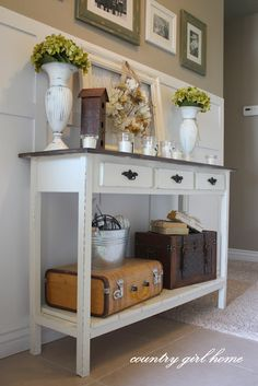 entry table, a DIY that actually looks doable!  Love the table decor....