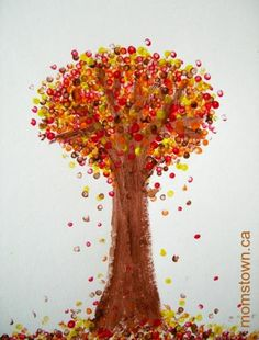 Pointilism For Preschoolers: Seurat Inspired Fall Trees | momstown arts and crafts