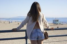 Go from Downtown Santa Monica to Santa Monica Beach with a versatile top like this one. #OOTD #SantaMonicaStyle #fashion