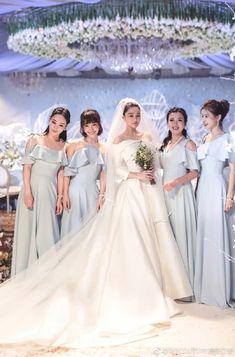 Luxury Wedding Dress, Wedding Veils, Tulle Wedding, Cheap Wedding Dress, Boho Wedding Dress, Wedding Dresses, Bride Hair Accessories, Cheap Accessories, Bride Tiara